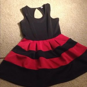 Dresses & Skirts - Thick material